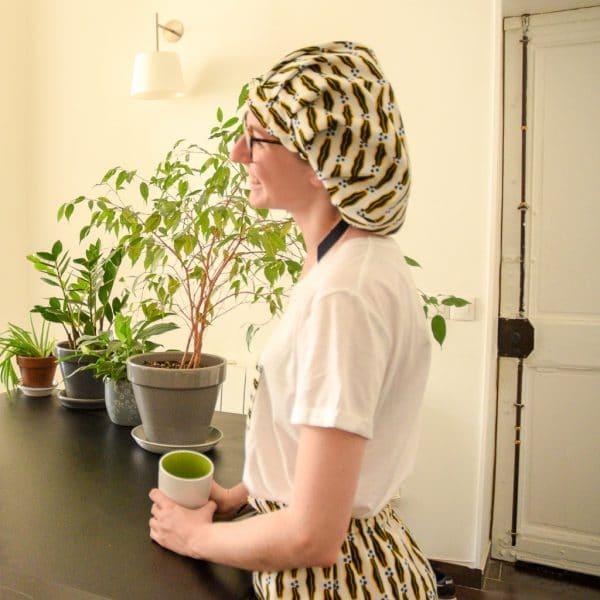 lifestyle pyjamas bonnet satin wax réglable viel volum curly nights lemonade